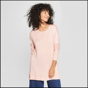 pink pull over crew neck